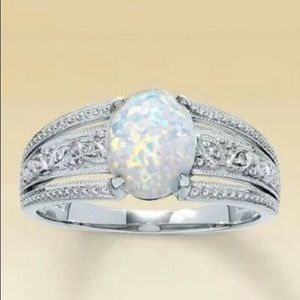 2.35 carat Fire Opal 925 Silver Ring size 5